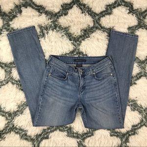 Levi's Women's Slender Straight 526 Jeans Size 8